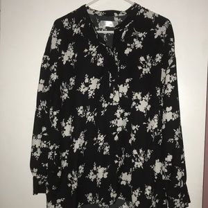 Tops - Women's floral blouse for sale!